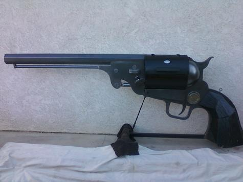 Gun BBQ, Antique 1851 Navy pistol BBQ grill with smoker function, and LPG fuel supply inside pistol grip handel doors